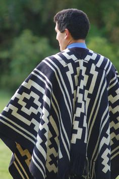 People of the Earth | HandEye article about the textiles of the Mapuche