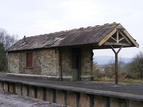 Disused Shelter Bere Alston