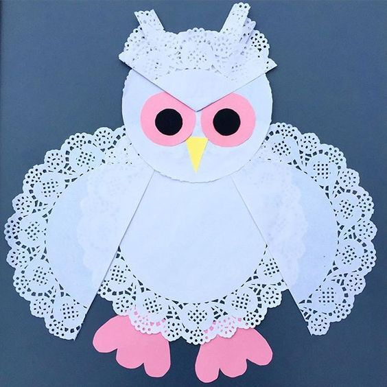 Here's our Sweet Owl made out of paper doilies: