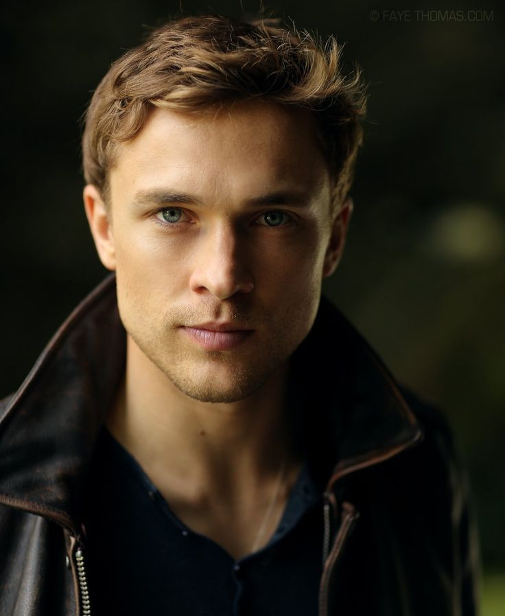 William Moseley (@williammoseley) Well, he's grown up nicely!