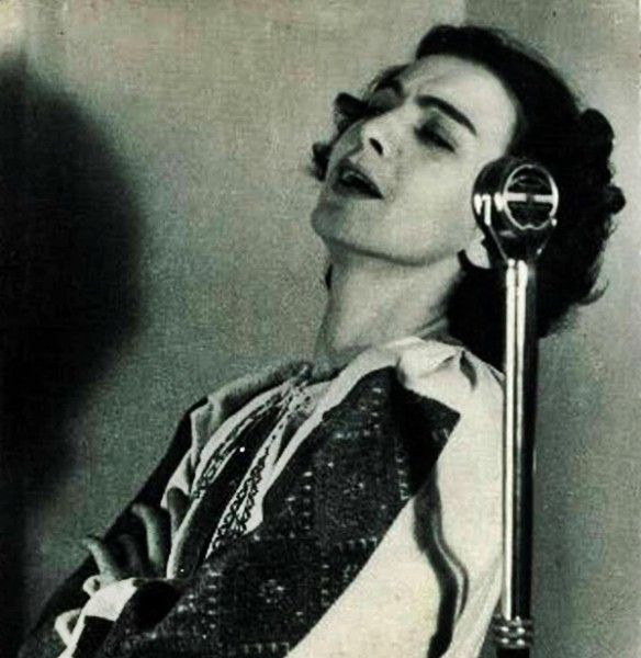 """#MariaTanase was a beloved singer during her life, being called """"The Magic Bird"""" of the Romanian traditional song. She was admired not only in her country, but internationally too. Find more at: http://impressivemagazine.com/2013/09/25/maria-tanase-the-magic-bird-of-romania/"""