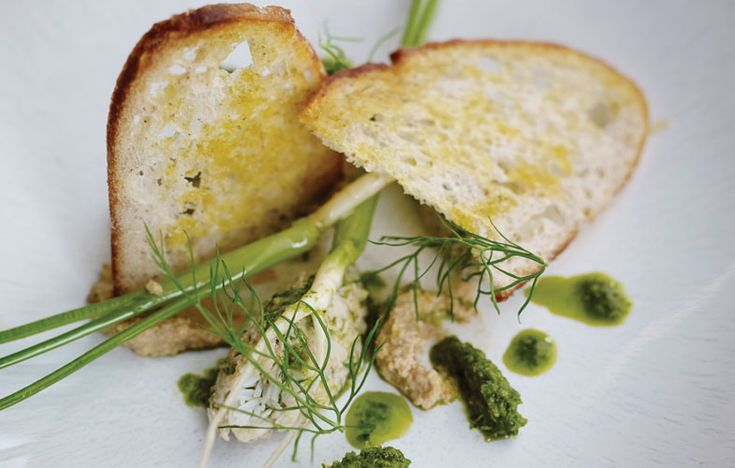 North Shields crab, Florence fennel and toasted sourdough