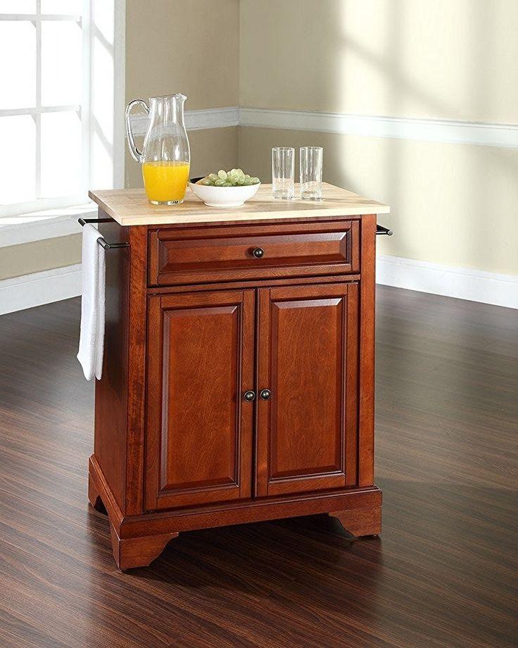 Einige Hausbesitzer wählen zwei feste Kücheninseln, also Mini-Kühlschränke unter ihnen gesetzt werden können.