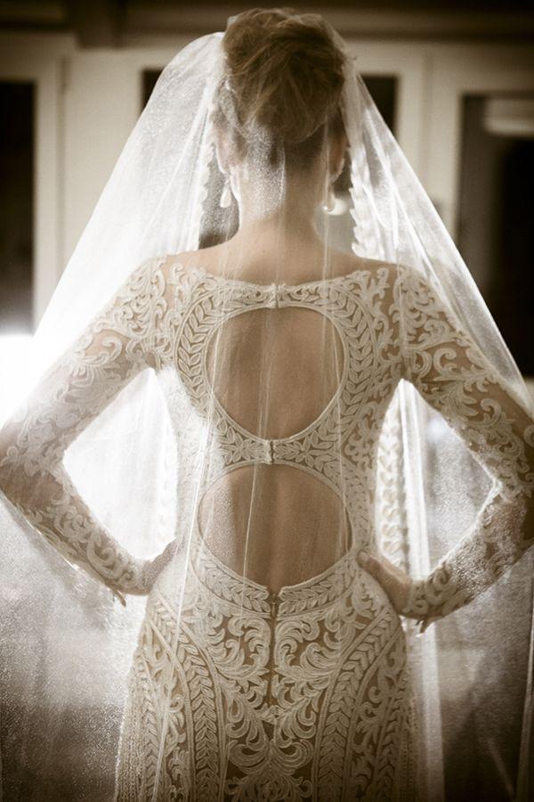Fernanda Cassou André Nacli | Casamento Curitiba | Vestido de noiva: Zuhair Murad | Penteado e maquiagem: Jr Mendes | Acessório de cabelo: Miguel Alcade