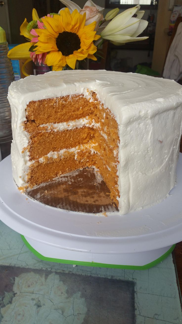 Cross section of my Thai tea cake with a condensed milk buttercream! My new obsession!