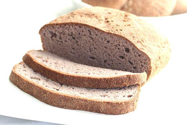 La ricetta per un pane senza carboidrati e senza glutine, ideale per chi segue una dieta a basso contenuto di carboidrati.