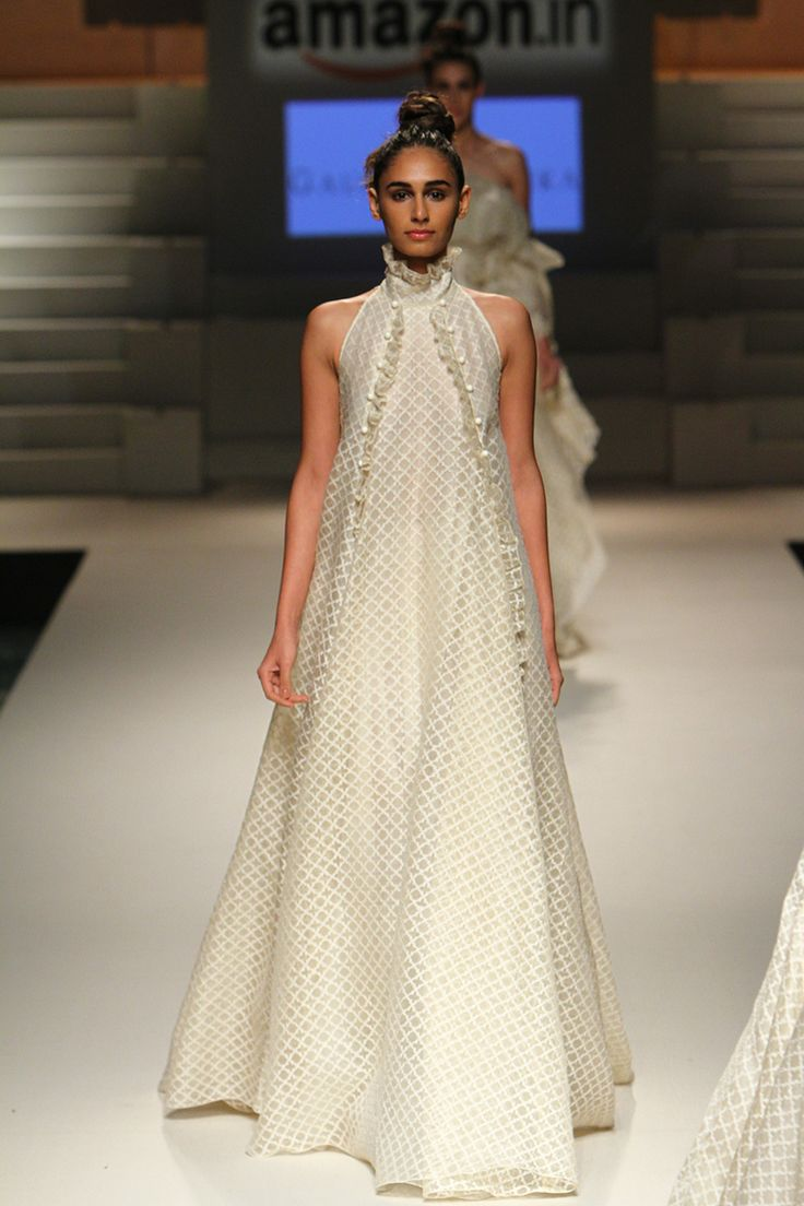 Gauri and Nainika for Grand Finale: Amazon India Fashion Week Spring/Summer 2016