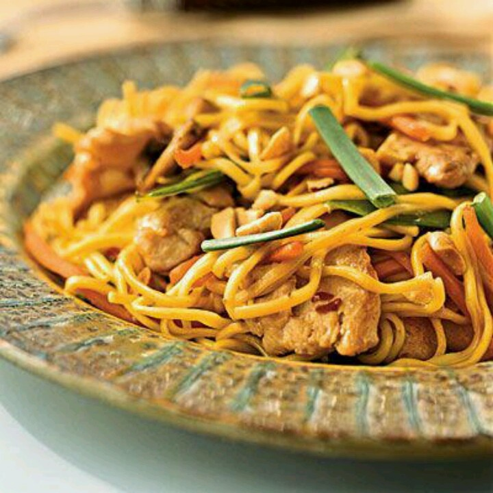 Chicken Lo Mein Recipe — Dishmaps