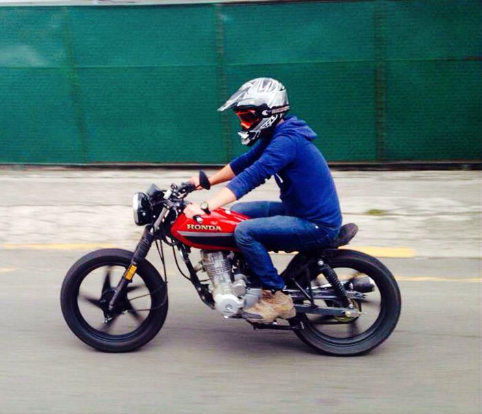 Honda cafe racer cgl 125   like   Suzuki cafe racer ...