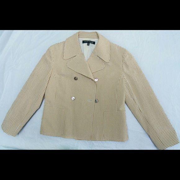 Sleek brown and white seersucker jacket Sz 10 Gorgeous Anne Klein waist length seersucker jacket. In great condition in size 10. Anne Klein Jackets & Coats Blazers
