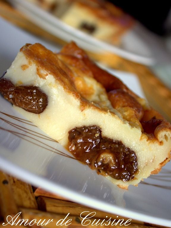 Le far breton aux pruneaux ou nature est un délice a essayer absolument. la recette est super facile et le résultat est vraiment a envier.