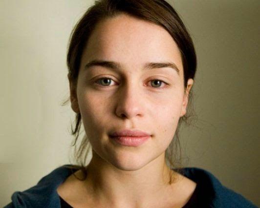 Tips Awet Muda: Tinggalkan Makeup Sehari Dalam Seminggu | Tips Sehat | http://updatesehat.blogspot.com/2015/02/tips-awet-muda-tanpa-makeup-sehari-seminggu-menunda-penuaan.html