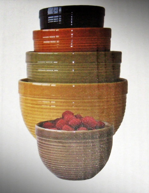 Tuscan colors warm up any kitchen.  Perfectly sized, these well made bowls will be used and admired for years to come.