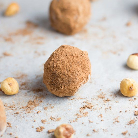 These Raw Nutella Truffles are gluten, dairy and processed sugar free.