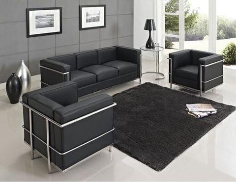 Designing a Living Room with Furniture Varieties.  https://www.barcelona-designs.com/blogs/news/88204225-designing-a-living-room-with-furniture-varieties?utm_content=buffer5d519&utm_medium=social&utm_source=pinterest.com&utm_campaign=buffer #blog #homedecor #interiordesign #midcentury #barcelonadesigns #furniture
