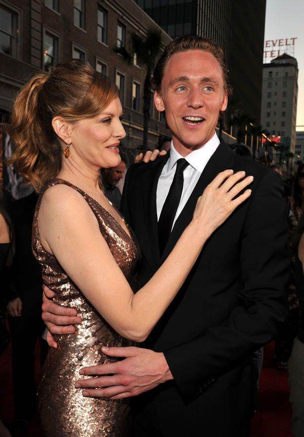 Loki and Frigga cosplaying Midgardians <--- pinning for the sole purpose of that comment.