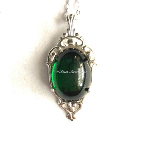 Ciudad esmeralda plata collar  Goth victoriano Vintage