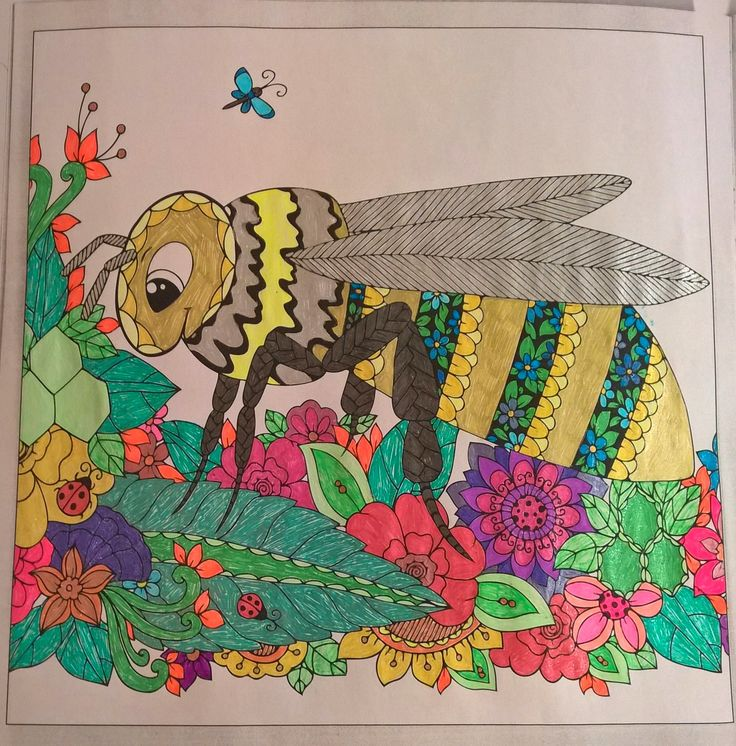 Bee and the flowers  #colouringbooks #colouringforadults #adultcolouring #adultcoloring #stressfree #relaxing #blending