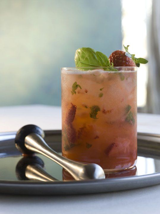 Strawberry shag cocktail #drinks #cocktail