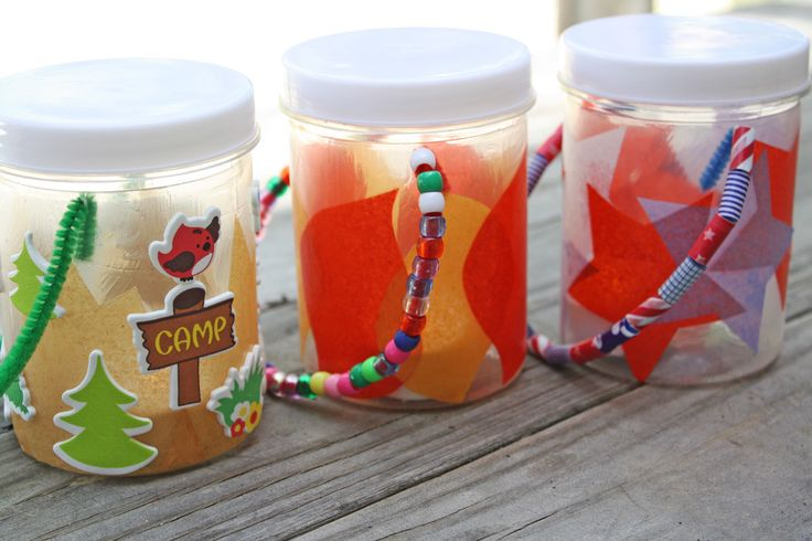 Discover this fun and easy kids summer craft idea to make your own lanterns. With a free printable included, kids can personalize their own DIY lantern!