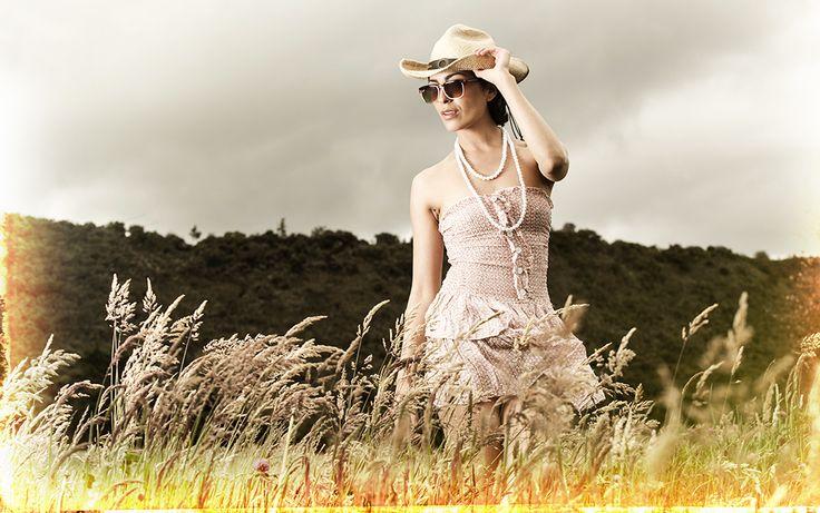 moda, fashion, belleza, modelo, campo, dorado, libertad, oro