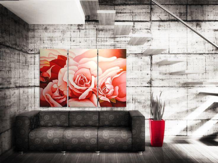 #Rosorna på tavlan är #målade med ljusa nyanser av #rött och #rosa. I denna kategori kan du välja ett #mönster som passar i en ton lämplig med #inredningen i just ditt hem. Målningarna porträtterar blommor i olika #miljöer och utgör en #vacker #dekoration både i ett elegant #vardagsrum och en elegant #matsal.