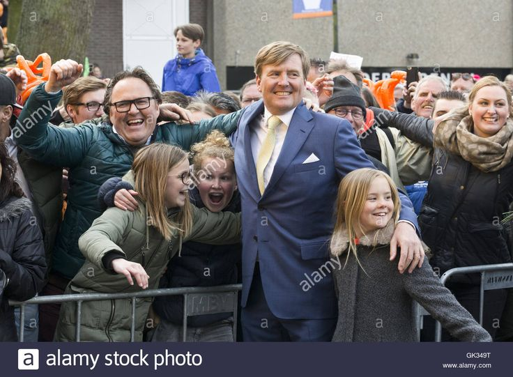 King's Day (Koningsdag) celebrations in Zwolle  Featuring: King Willem-Alexander, Queen Maxima, Princess Amalia, Princess Alexia, Princess Ariana Where: Zwolle, Overijssel, Netherlands When: 27 Apr 2016 Stock Photo