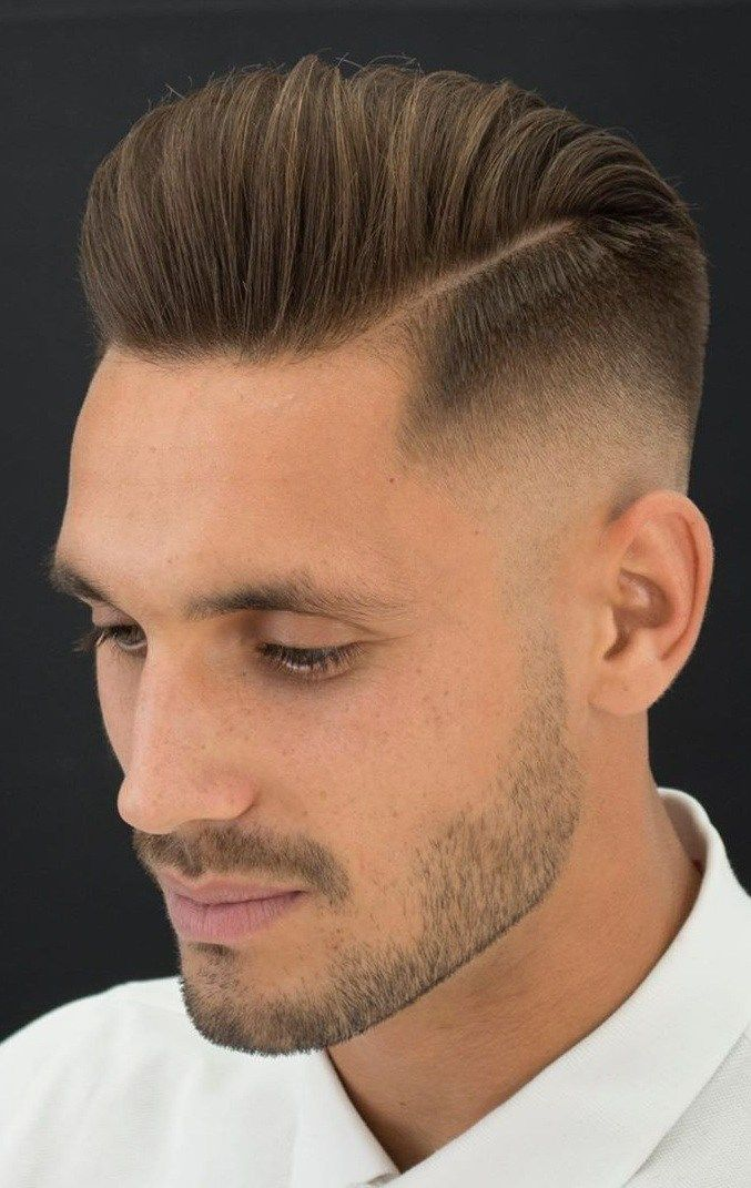Encontre este Pin e muitos outros na pasta Undercut Hairstyles de Hairstyles For Men.   – Hair cuts