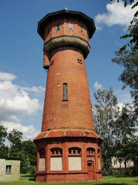 Wodociągowa wieża ciśnień w Ośnie Lubuskim  z 1903 roku.
