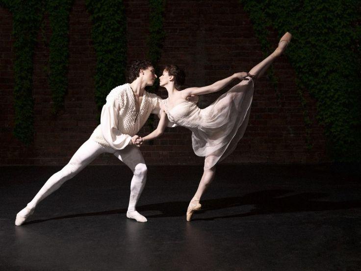 perfect linesRomeo And Juliet, George Antoni, Kevin Jackson, Ballet Romeo, Australian Ballet, Art Living, Ballet Partner, Madeleine Easto, Dance
