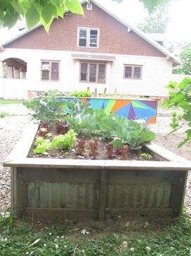 RaisedBED - modern - gardening tools - FiELD9: architecture