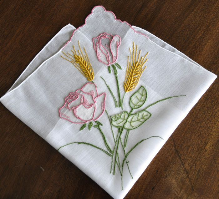 antique style hanky primer 3 embroidered and petit