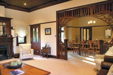 Australian Federation-era lounge/dining interior | Source: Federation House Wiki | #federation #Australia #architecture #interiors