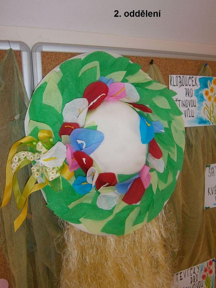klobouk pro květinovou vílu