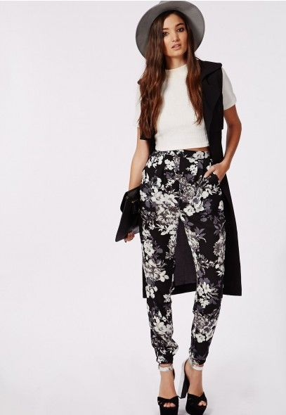 Aleisha Floral Silk Feel Formal Joggers Black - Joggers - Trousers - Missguided