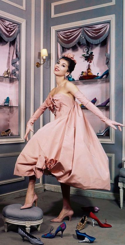 Dior, Victoire Doutreleau, photo Sabine Weiss, 1958