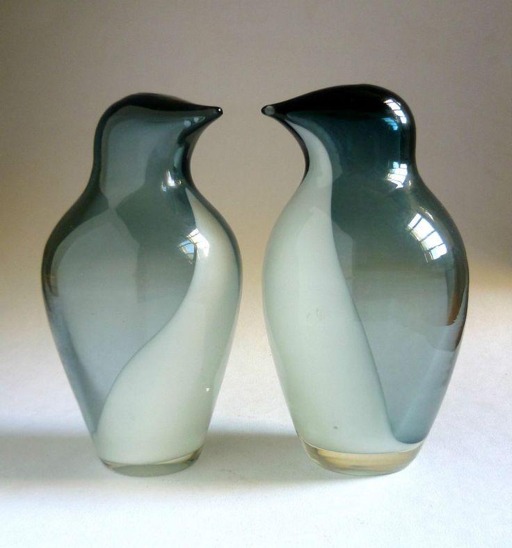 RIIHIMAEN glass rare PENGUIN SCULPTURES x 2 Sakari Pykala, Finland, 1950s. Birds