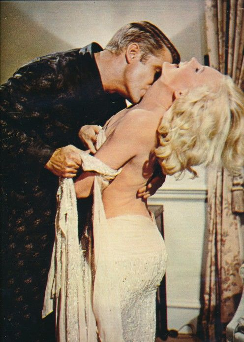 Carroll Baker Harlow the Movie | George Peppard, Carroll Baker, Les ambitieux