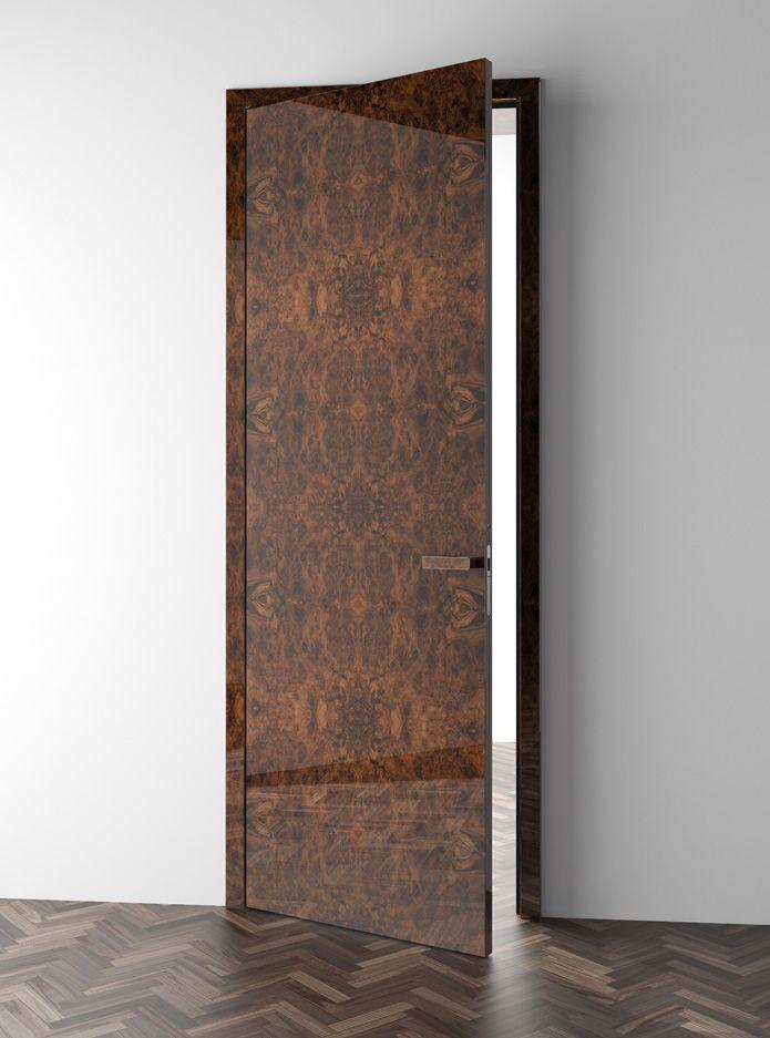 Tyto luxusní interierové dveře zaujmou vysoce precizním zpracováním s nápadně elegantním vzorem dýhy. Vysoká kvalita zpracování a nadčasový design .
