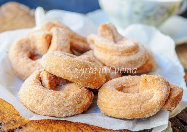 Taralli zenzero e limone, ricetta biscotti facili e veloci, dolci da colazione o da merenda, taralli zuccherati senza burro, dolci da fare anche senza robot,