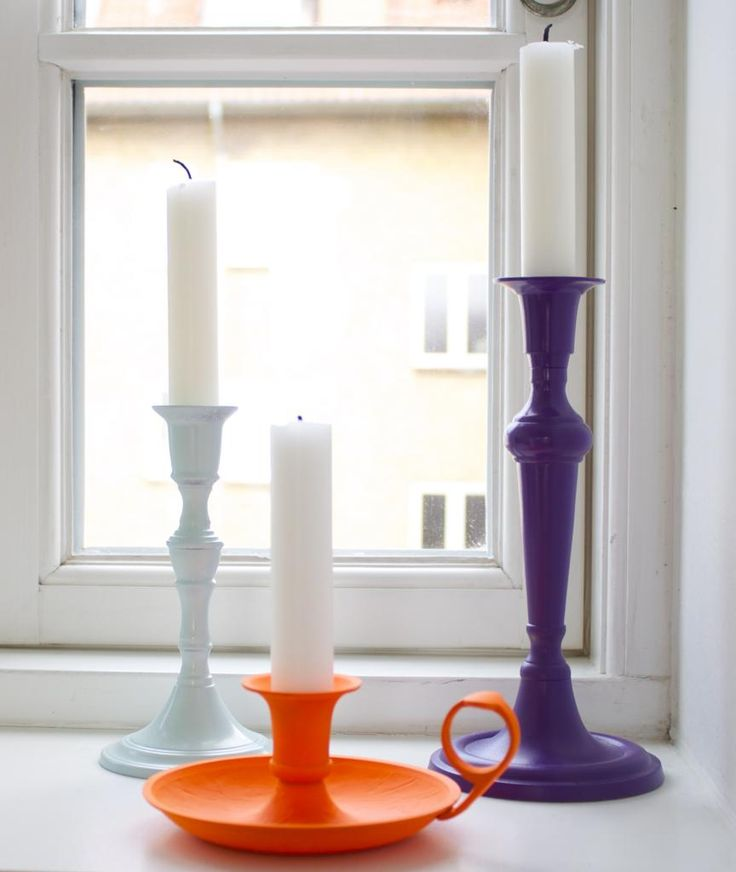 Spray paint DIY - old candlesticks spray painted in new colors. Molotow Spray paint