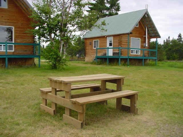 Zec Baie trinité Charmants chalets à louer pas cher vue imprenable calme foyers dedans et dehors Vraiment une belle place que je conseille