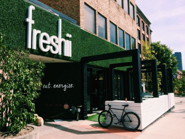 A deeper look at Freshii's plant-forward menu with in-house nutritionist and menu innovation expert, Andie Shapira.