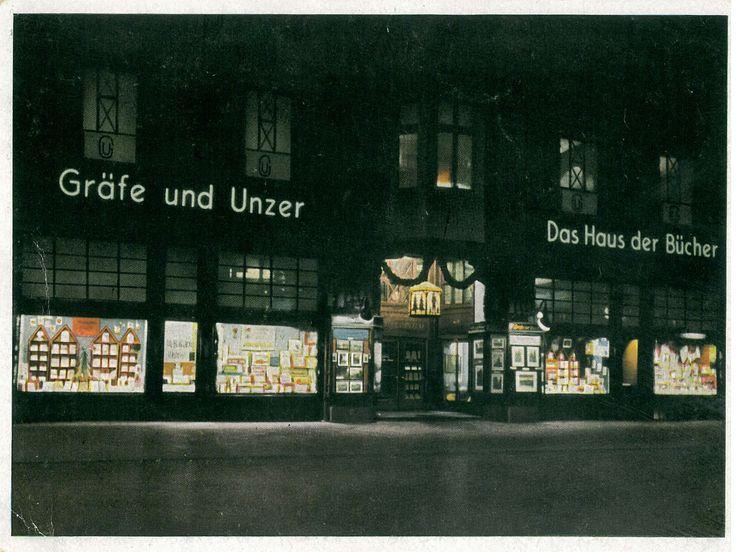 """Königsberg i. Pr. - """"Das Haus der Bücher"""" GRÄFE UND UNZER am Paradeplatz 6, """"Letzte Weihnachten im 'Haus der Bücher'"""", Dezember 1943"""