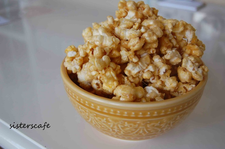 Super {fast and easy} Caramel Popcorn | The Sisters Cafe