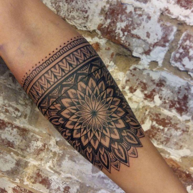 Fun stuff :)) @huckleberrytattoo #tatuering #mandala #mandalatattoo #tattoo #stockholm