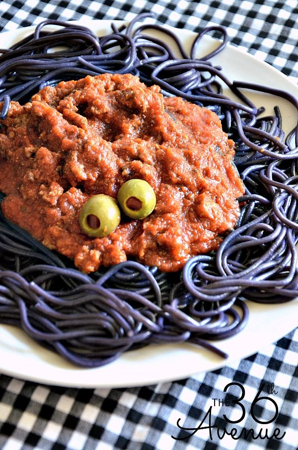 Halloween Recipe - Make this Halloween Spaghetti Recipe. It is perfect for parties and kids love it! the36thavenue.com
