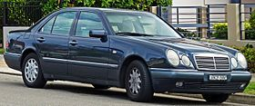 1996-1997 Mercedes-Benz E 230 (W 210) Elegance sedan (2010-09-23).jpg