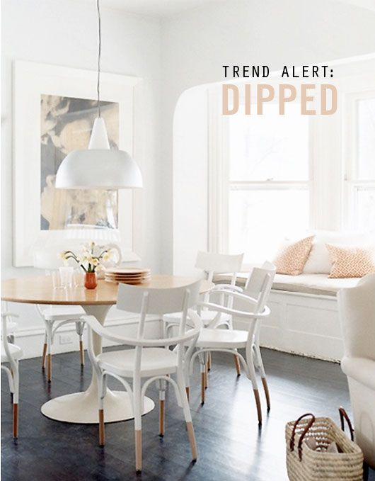 dipped chairs: Dining Rooms, Breakfast Nooks, Dining Chairs, White Rooms, Bentwood Chairs, Window Seats, Paintings Chairs, Bays Window, Dips Chairs