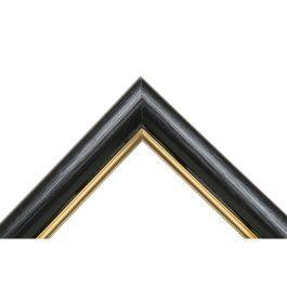 Ample Black Gold är bred svart blank ram med en fin och utmärkande guldkant. Listen är lätt riven för att skapa en levande yta. En omtyckt bredd på 3,8 centimeter. Passar alla typer av motiv och inramningar. Alltid finaste och högsta kvalité. Svensk tillverkning av furu från svenska skogar. Ett miljöval. Bredd: 38 mm. Höjd: 20 mm. Falsdjup: 9 mm.